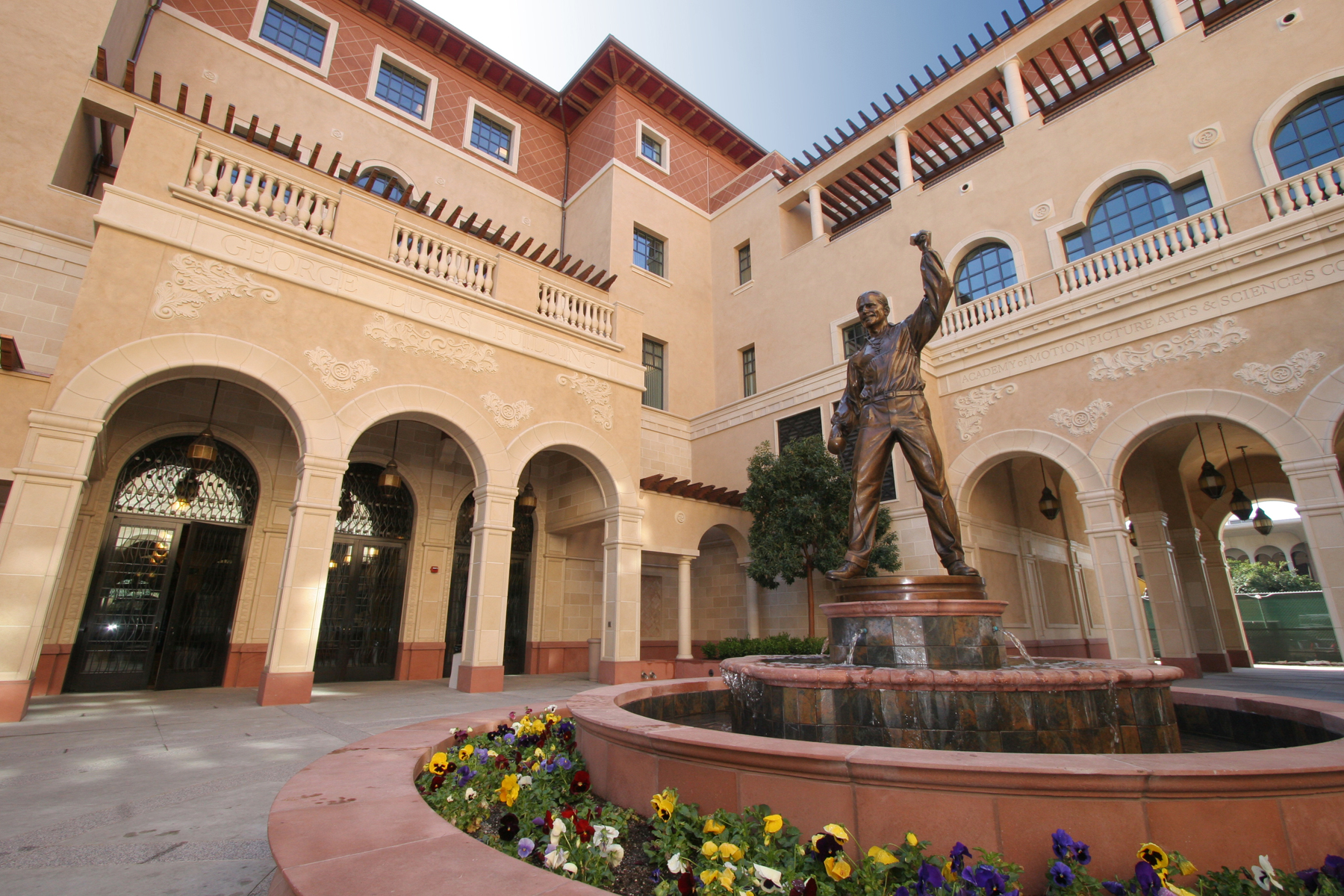 USC-school-of-cinematic-arts-01